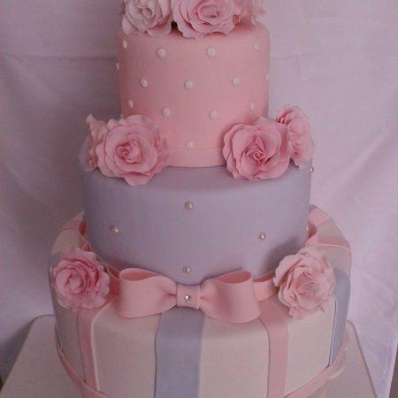 bolo rosas e azul