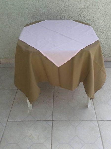 toalha caramelo e rosa