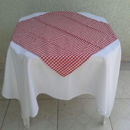Branco vermelho poá
